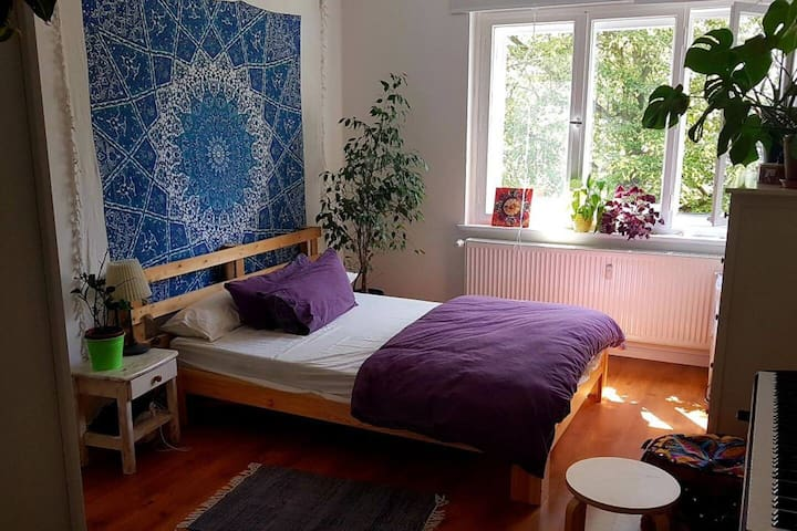 Beautiful, perfectly located apartment in Neukölln