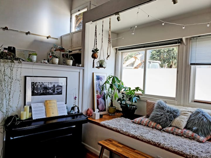 Bright, Spacious Unique Loft - Heart of the Castro