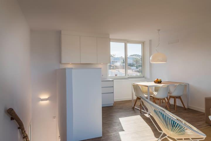 Apartamento dúplex de 2 habitaciones vista mar - Es Canutells - Ortak mülk