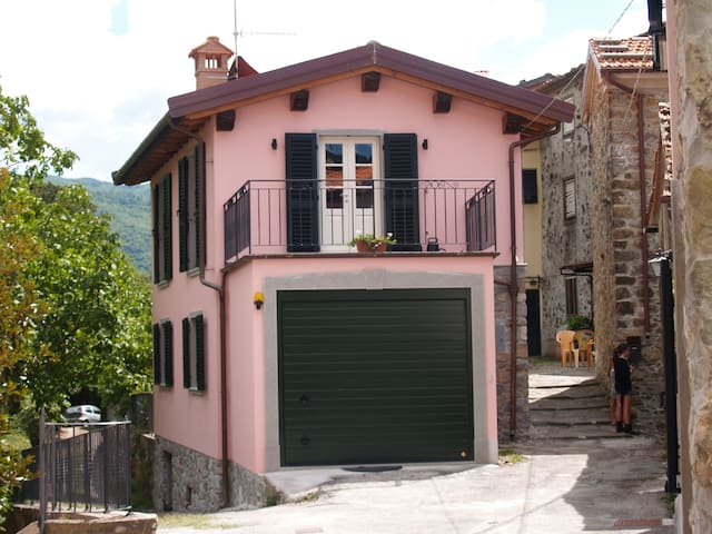 Renovated Capanna from 1787 - Bagni di Lucca
