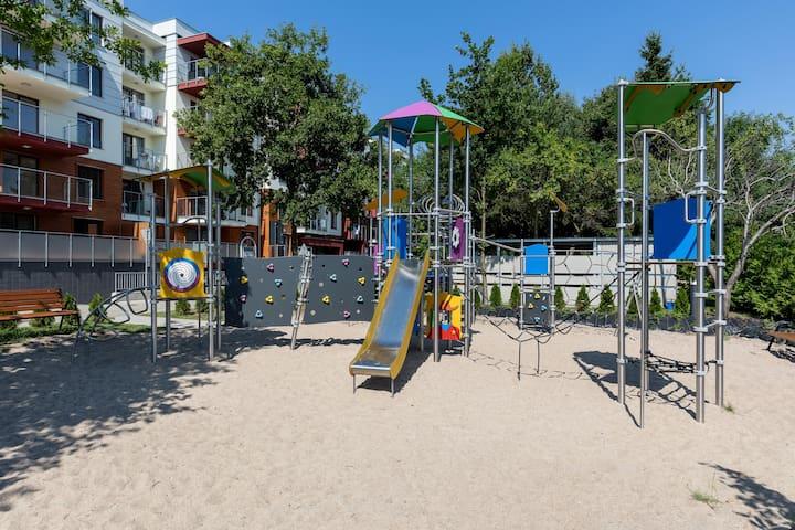 Polanki Park 108
