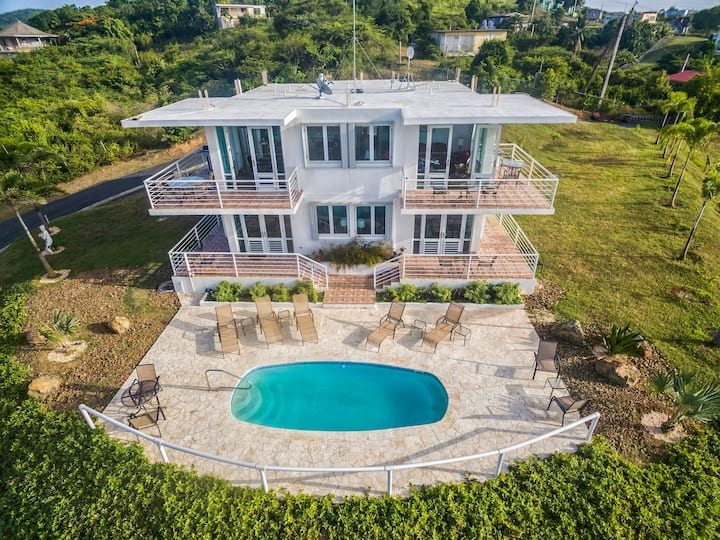 Oceanview Villa/Pool/4 Full Bath/Sleeps10/EZcancel