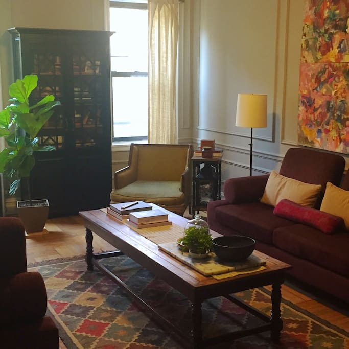 Large, sunny living room - great for relaxing