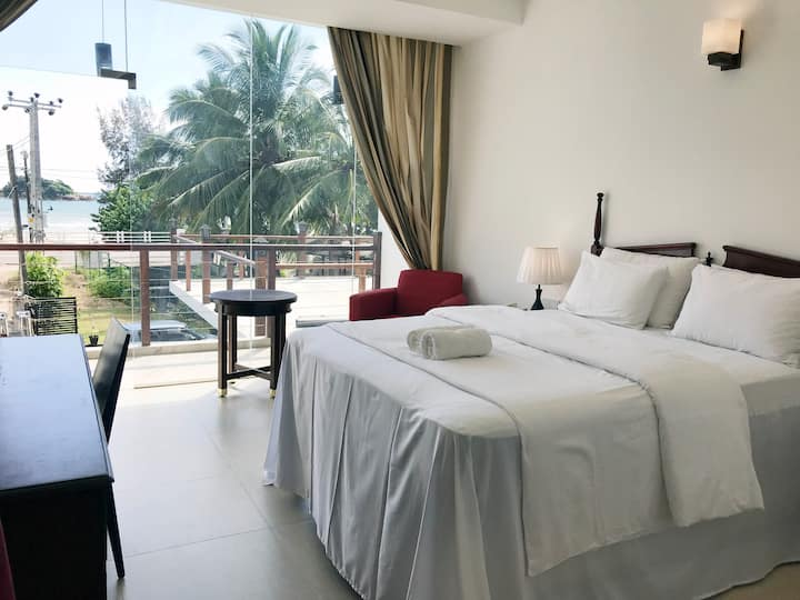 Superior Double Room with BnB -Weligama Ocean View