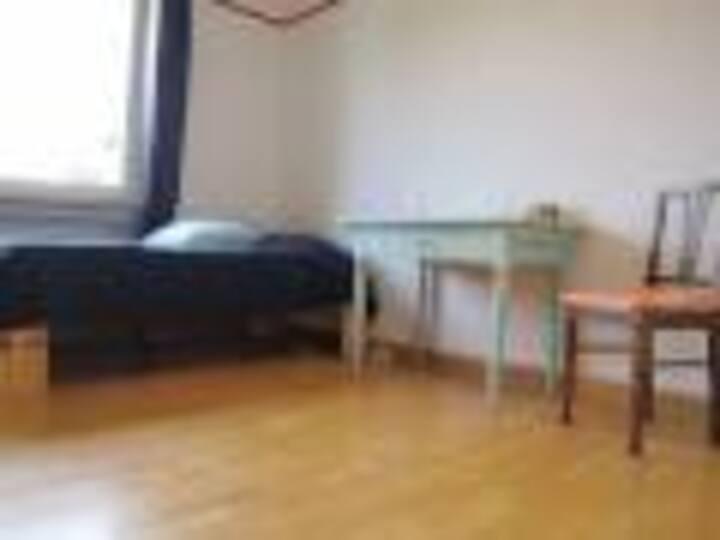 Schönes Zimmer am Stadtrand Mainz