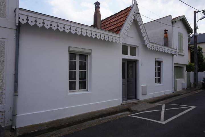 Villa bord de mer 50 m Plage et marché - Châtelaillon-Plage