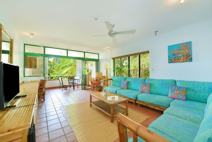 Sun Light 2 Bedroom Apartment | Tropical Style