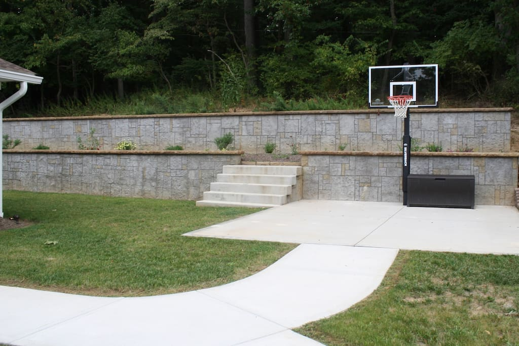 Basketball Hoop to enjoy