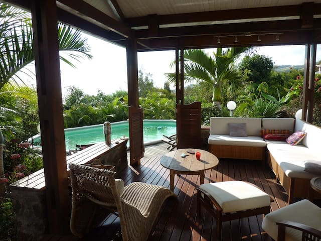 Villa vue océan avec piscine - Saint Pierre - House