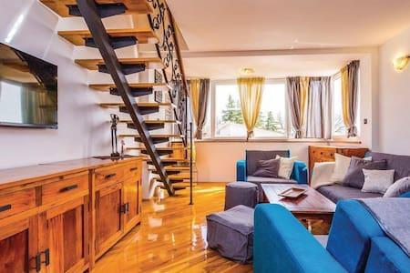Sun-kissed & cozy studio apartment - Kraljevica