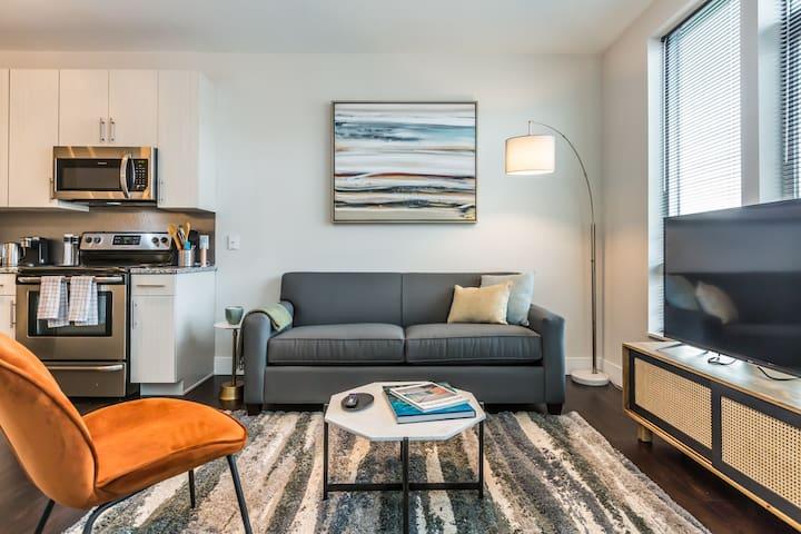 Kasa   Norristown   Premier 1BD/1BA Plus Den Apartment
