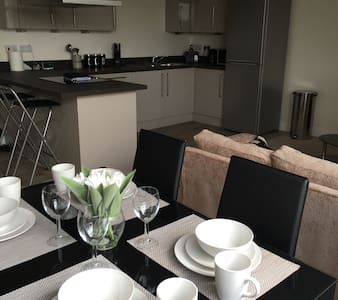 Extra Large Luxury 1 Bed STEVENAGE - Stevenage