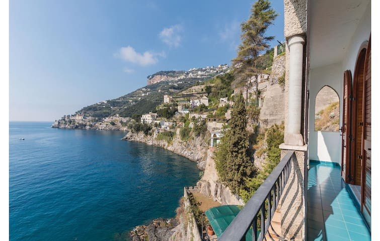 Semi-Detached with 1 bedroom on 100m² in Ravello SA