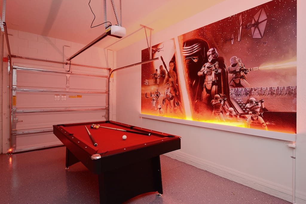 Garage Game Room w Billiards and Ping Pong