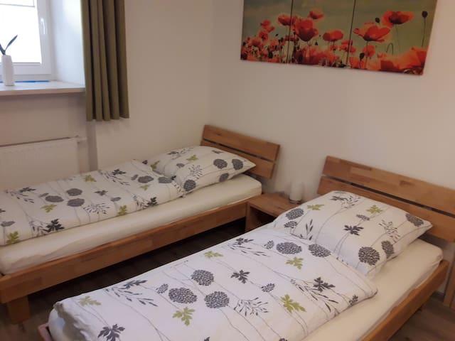 Die Betten können auch getrennt gestellt werden.