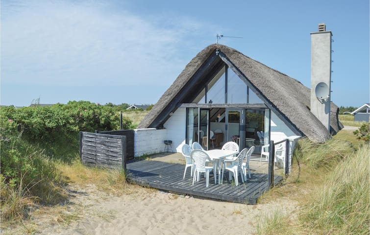 Holiday cottage with 2 bedrooms on 86m² in Ringkøbing