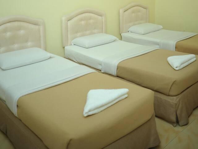 Deluxe Room - Anggerik Impian Hotel Kuala Berang