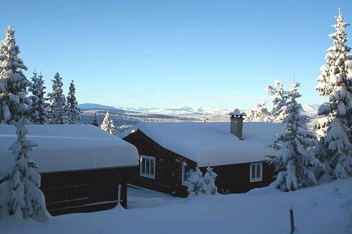 Miestugu cabin in Gålå with a sunny balcony