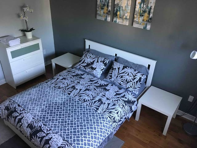 Bedroom with Private Bathroom in Great Location