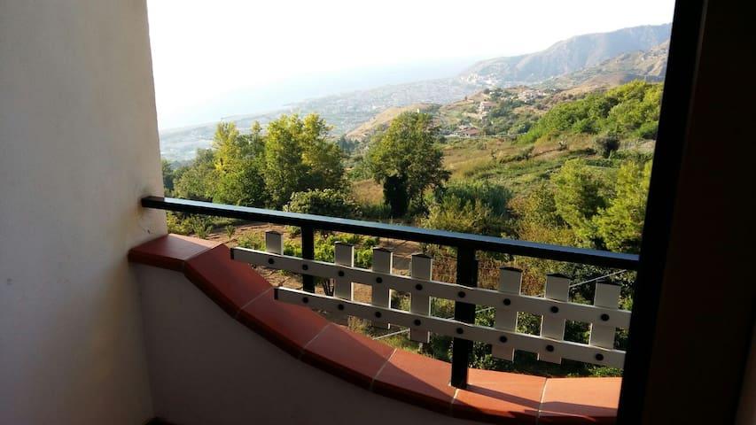 Casa vacanze con vista mozzafiato! - Amantea - อพาร์ทเมนท์