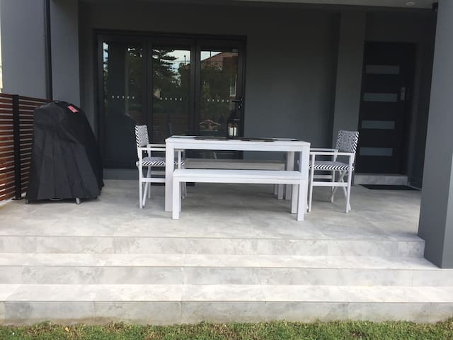 New Listing - Brand New 3 Bedroom Beach Duplex - Manly - House