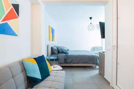 tiny & cozy