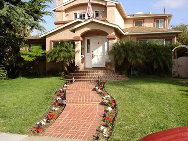 North PB/ La Jolla Del Sur - San Diego