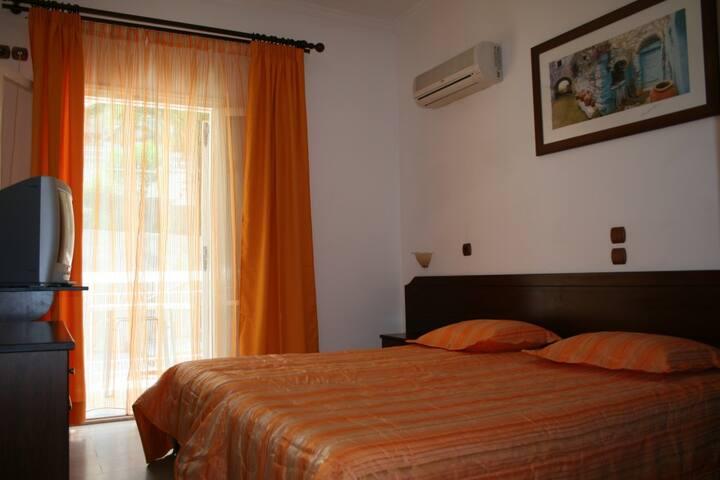 Double room at center of Corfu - Korfu - Wohnung