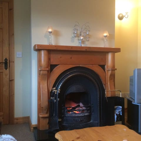 Double room to rent in country side - Headford