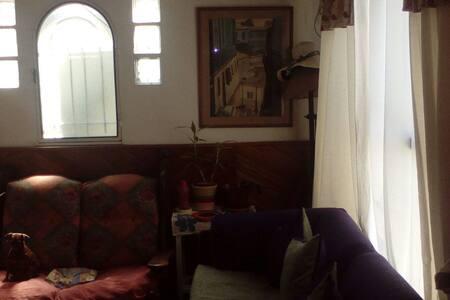 Casa familiar en pilar - Pilar Centro