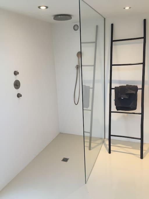 Newly renovated bathing facilities