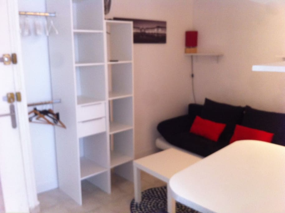 Charmant studio bordeaux centre appartements louer for Logement studio bordeaux