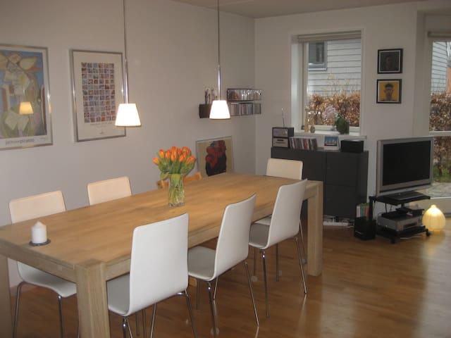 Cosy house 15min. from Aarhus - Hjortshøj - Rumah