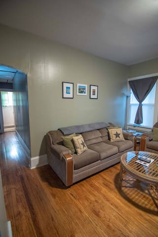 Cheby Manor - 1 Bedroom Apartment Kitchen/Bath