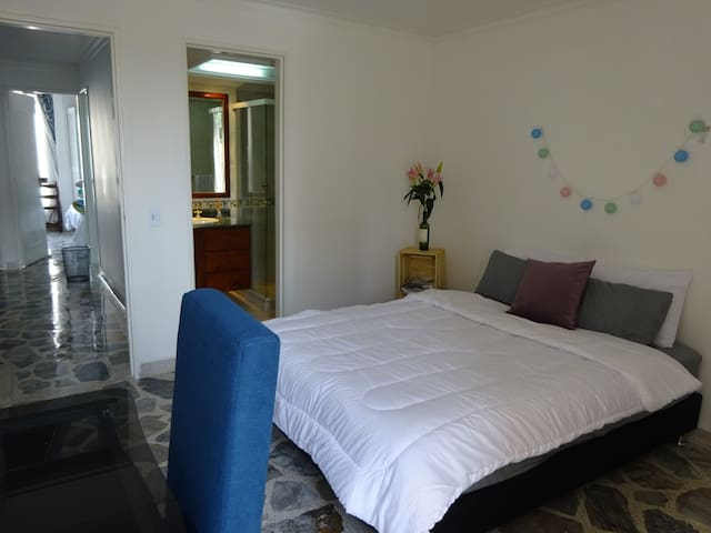 Spacious appartment in a calm and beautifull area