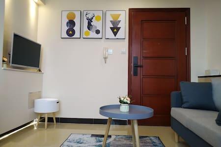 seventeen浪漫北欧电梯公寓.市中心.宋城墙.天宁北路.牌坊广场
