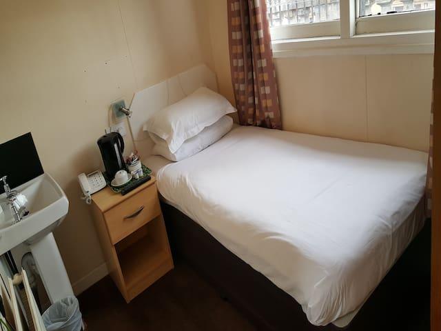 Budget Single Standard Room