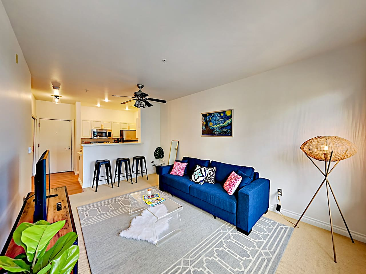 Welcome to Seattle! This condo is professionally managed by TurnKey Vacation Rentals.