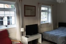 Rooms for 1-6 people near Brands Hatch Race Course