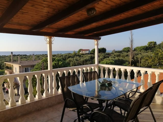 Kyparissia Loft with magnificent view