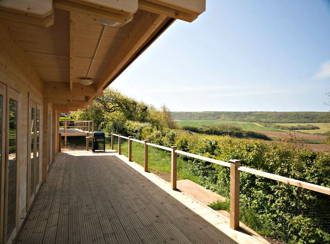 Cabin Two @ Tom's Eco Lodge - Isle of Wight - Houten huisje