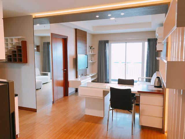 Luxurious Condominium with Sea view and City view