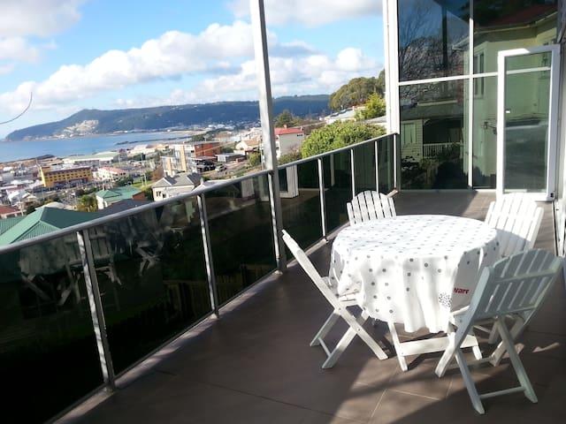Unit 2 Harbour View Apartments