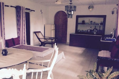 Budget River Retreat - Weligama - Apartment