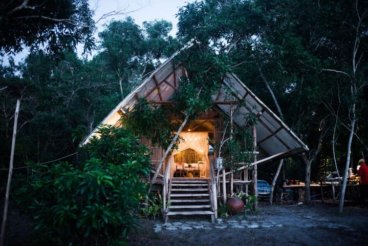 Eco Beach Tent by Billiton