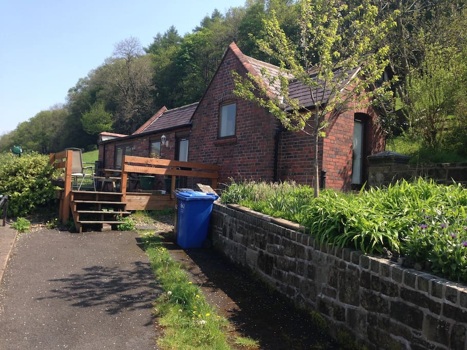 Llangollen Lodge can be booked with Bloom Cottage to sleep 10