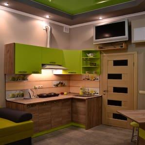 Очаровательные VIP-апартаменты!!! - Lviv