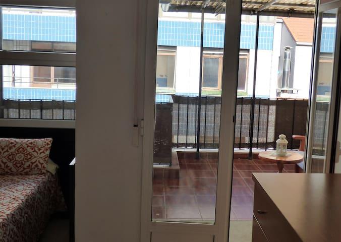 Ático con terraza en centro Bilbao - Bilbao - Flat