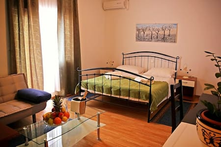4* double room near the center - Trogir
