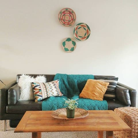 Cute boho room located in Clairemont!